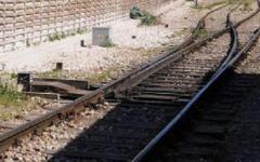 Genova: frana dopo l'alluvione, il treno Freccia Bianca Roma-Torino esce dai binari. Ferito un macchinista