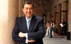 Toscana, primarie Pd: Luciano Modica ha raccolto 4 mila firme. Ma ha solo una settimana per tentare di sfidare Rossi