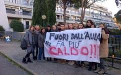 Sesto Fiorentino: senza riscaldamento da 3 anni una classe della scuola Calamandrei. E gli alunni fanno sciopero