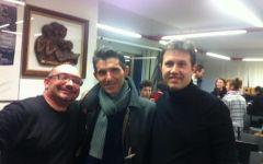 Terremoto a Firenze: Nardella ha rinunciato a suonare  nel concerto di Natale. C'era, ma senza violino e... con l'elmetto
