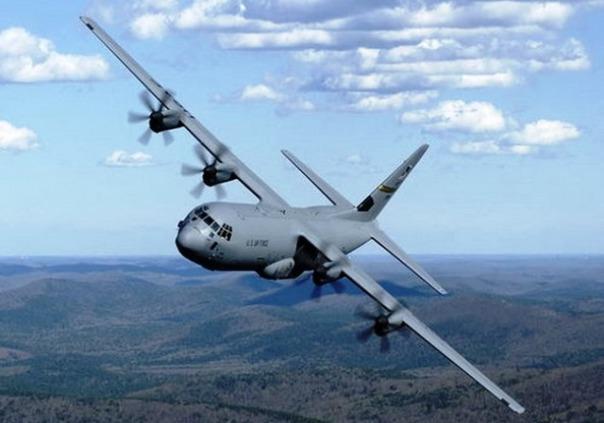 Un aereo militare C-130J dell'Aeronautica italiana
