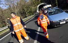 Pisa: muore a 44 anni, di notte, finendo fuori strada con la moto