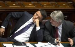 Firenze, centri per l'impiego della Provincia: presidio dei lavoratori per l'arrivo del ministro Poletti