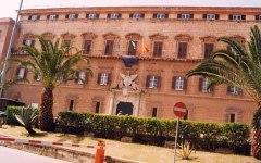 Regione Sicilia: scandalo. Vitalizi anche agli eredi dei consiglieri