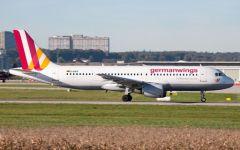 Airbus Germanwings precipitato sulle Alpi francesi: ritrovata la scatola nera ma il mistero resta