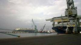 Livorno, una banchina del porto