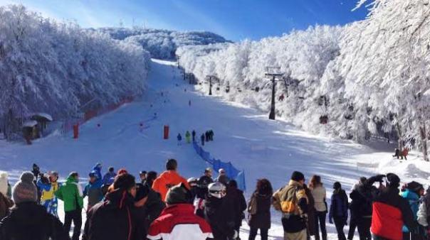 Neve in Toscana, piste da sci ottime fino a Pasqua