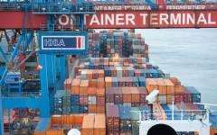 Livorno, arrestato imprenditore cinese «re degli abiti falsi»