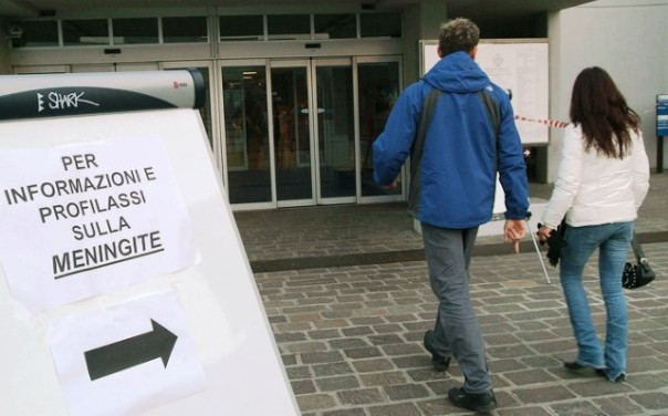 Meningite, sono ora 17 i casi registrati dall'inizio del 2015 in Toscana