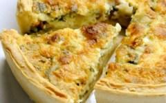 La ricetta per il picnic: quiche ai porri, guanciale e caprino