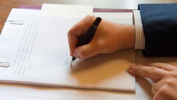 La firma di Renzi su twitter