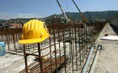 Strada Siena-Grosseto, incidente sul lavoro: grave un operaio di 45 anni