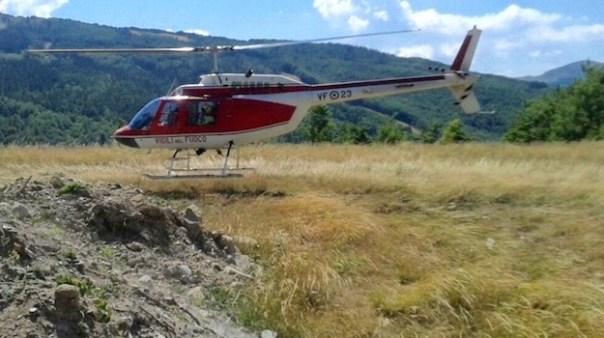 L'elicottero Drago 23 dei Vigili del Fuoco di Arezzo ha partecipato alle ricerche