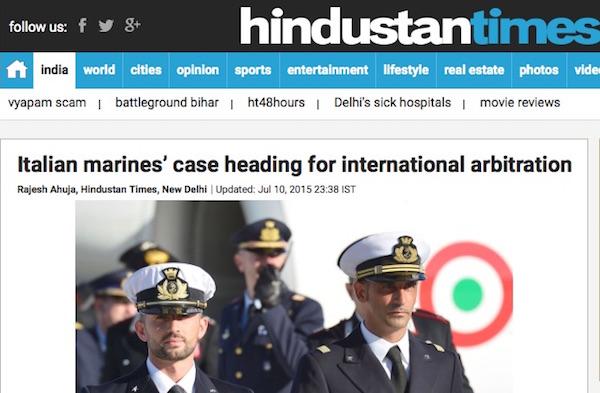 """Il titolo di Hindustan Times: """"Il caso dei marines italiani verso un arbitrato internazionale"""""""