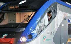 Valdarno, Direttissima Firenze-Roma: treno «Jazz» in corsa perde una porta