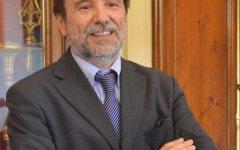 Firenze: alla Feltrinelli RED il Magnifico Rettore presenta il suo «Diario social» di divulgatore scientifico via Facebook