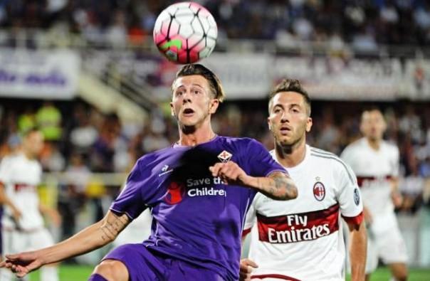 Fiorentina-Milan, Bernardeschi in azione