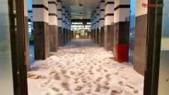 La grandinata nella galleria del Centro commerciale al Gignoro