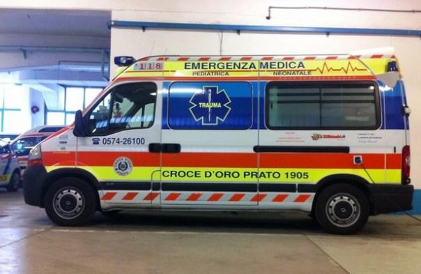 Un'ambulanza della Croce d'Oro di Prato