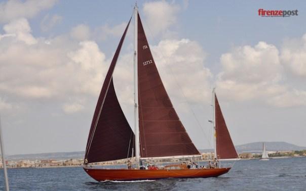 Il Capricia durante una regata