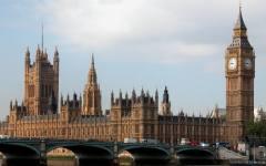 Londra: il parlamento dà l'ok alla Brexit, ma la Scozia annuncia le secessione dal regno Unito