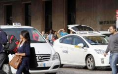 Firenze, taxi: il sindaco Nardella incontrerà i rappresentanti della categoria