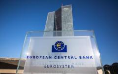 Bce: i crediti deteriorati nella zona euro ammontano a 900 miliardi