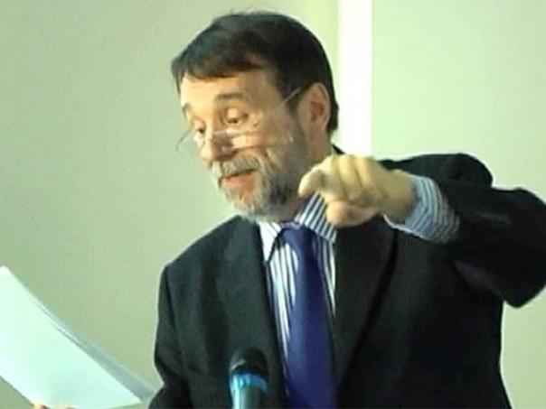 Il professor Luigi Dei, rettore magnifico dell'Università di Firenze