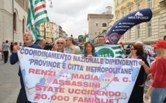 Province, riforma a rilento. Dipendenti senza certezze: di nuovo in piazza il 28 novembre 2015