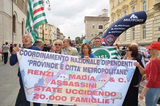 manifestazione-dipendenti-province