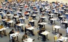 Medicina: oggi test di accesso alla facoltà. Proteste degli studenti anche a Pisa e Siena