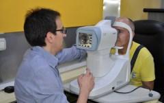 Un controllo oculistico durante le giornate di prevenzione a Firenze