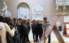 Firenze, istituto d'arte a Porta Romana occupato dagli studenti. E la preside parla ai genitori in giardino