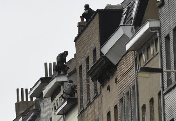 perquisizioni della polizia belga a Molenbeek