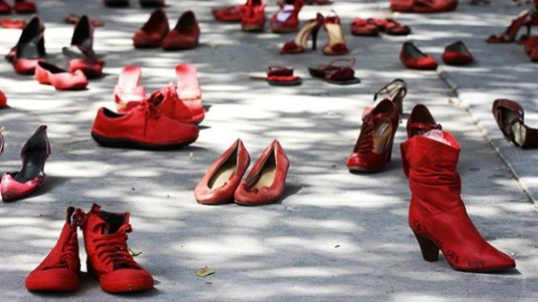 Una manifestazione-flash mob contro la violenza sulle donne