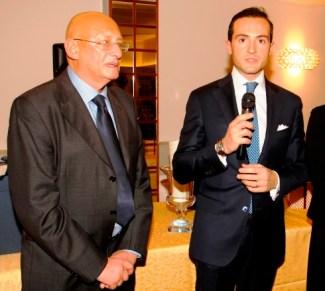 Il colonnello Saverio Spoto (a ds.) ha ritirato il premio per Claudia Francardi e Irene Sisi
