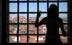 Firenze, carcere di Sollicciano. Le donne detenute: «Viviamo in mezzo ai topi»