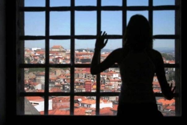 Donne in carcere, lettera di denuncia delle detenute di Sollicciano