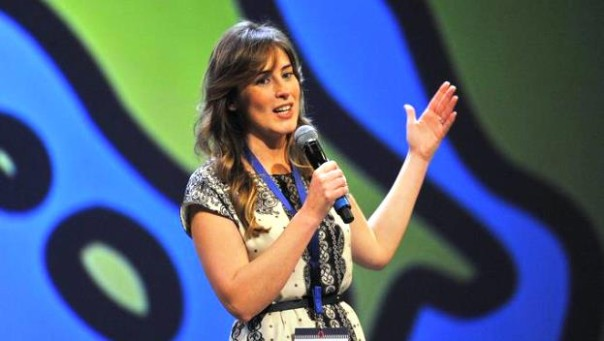 Firenze, Maria Elena Boschi sul palco della Leopolda 6