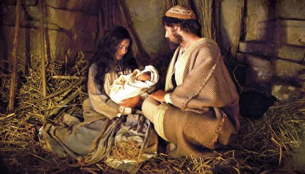 La Natività di Gesù rappresentata dal vivo: la cruda realtà di quel tempo è anche lo specchio del mondo contemporaneo