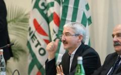 Licenziamento statali fannulloni, Cisl e Cgil a Renzi: prima apra le trattative sul contratto