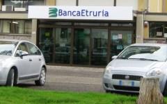 Banca Etruria: la procura di Arezzo esamina i risultati del blitz della Guardia di Finanza