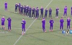Fiorentina: in 10mila al Franchi con i viola. E i giocatori regalano palloni ai tifosi (Video)