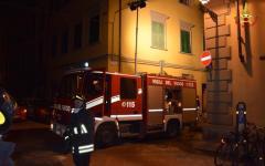 Piombino: crolla il tetto di uno stabile in via landi, due famiglie evacuate