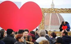 Firenze, San Valentino 2016: al Piazzale Michelangelo pedonale il bacio di mille innamorati