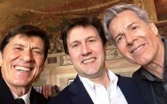 Firenze: a Gianni Morandi e Claudio Baglioni le chiavi della città. E Nardella canta con loro...