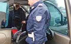 Firenze, Polizia Stradale: campagna di sicurezza sull'uso di cinture, seggiolini e telefonini