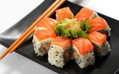 Cibo etnico e sushi: sempre più toscani li mangiano a casa ogni giorno