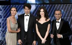 """Sanremo 2016, Nicole Kidman: """"Amo l'Italia e Firenze"""". Ancora nastri arcobaleno. Prima classifica"""