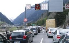 Unione europea, area Schengen: costerebbe 110 miliardi ripristinare i controlli alle frontiere. Con il crollo di commercio e turismo